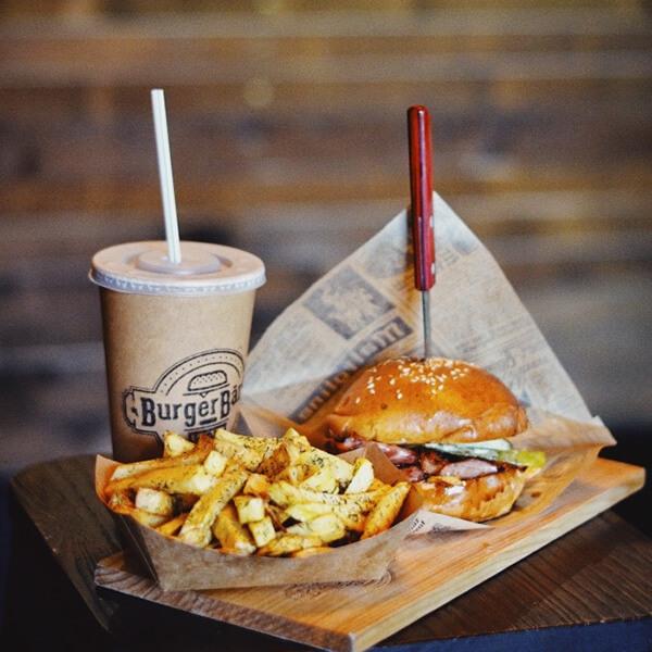 02-mustard-burger-komplekts