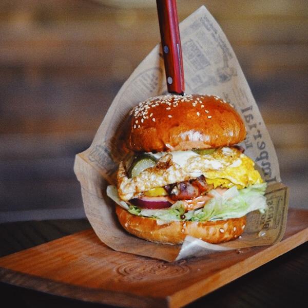 03-amerikano-burgers